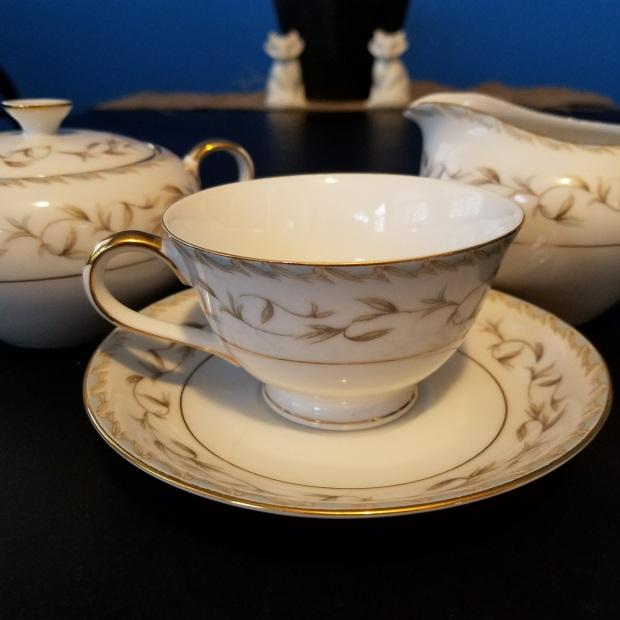 Three Things Thursday: Vintage Tea Set   Ms. Emily's Home for Full-Grown Nerds